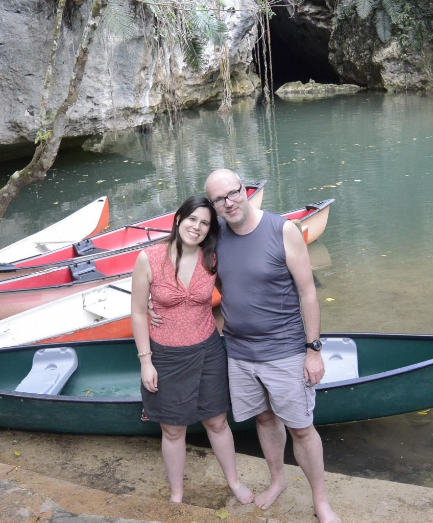 Vor der Höhle